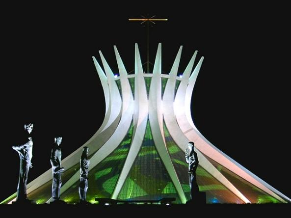 Catedral Metropolitana Nossa Senhora Aparecida - Oscar Niemeyer